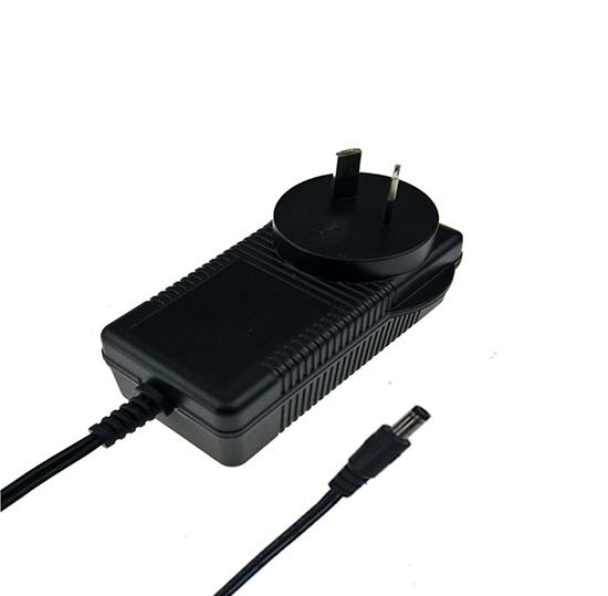 12.6V 2.5A lithium battery charger adapter SAA RCM C-tick